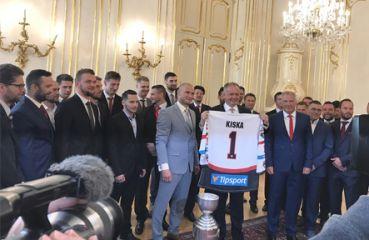 iClinic und HC '05 iClinic Banská Bystrica bei der Audienz mit dem Präsidenten