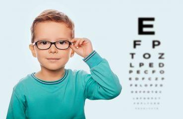 Myopie-Prophylaxe: Kurzsichtigkeit vorbeugen in jungen Jahren