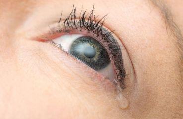Tränende Augen: Ursachen und was Sie gegen Epiphora tun können